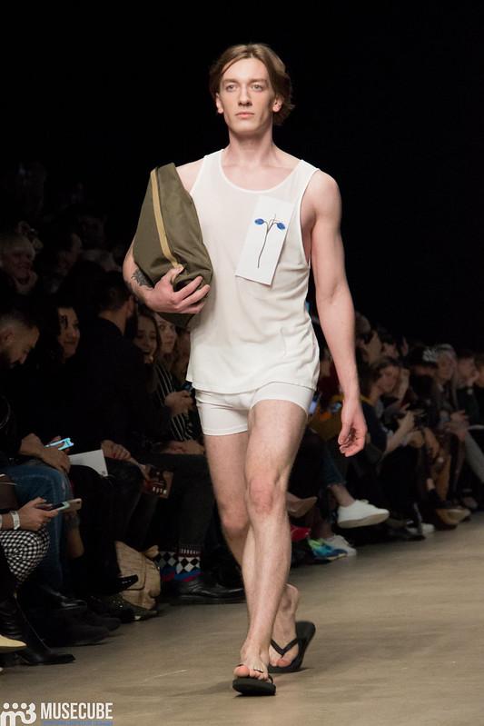 mltv_clothing_017
