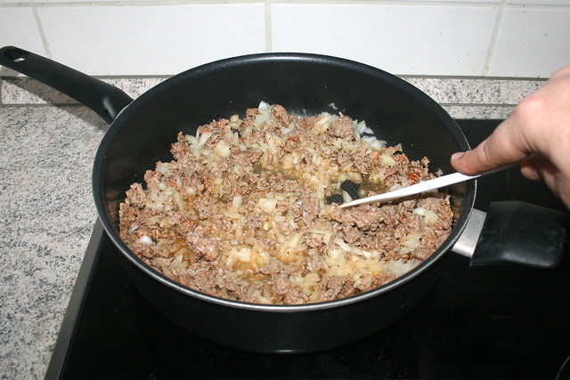 09 - Zwiebel andünsten / Braise onion