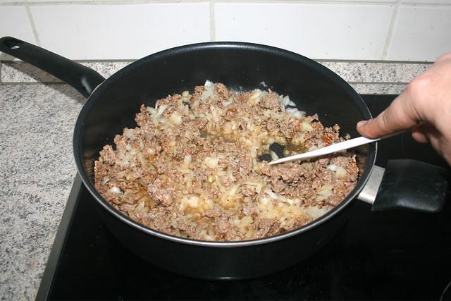 09 - Zwiebel andünsten / Braise onion