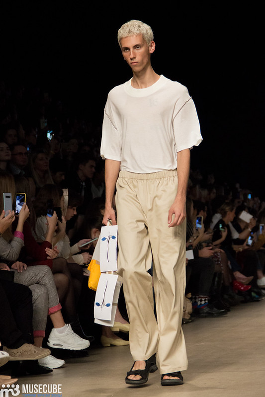 mltv_clothing_003