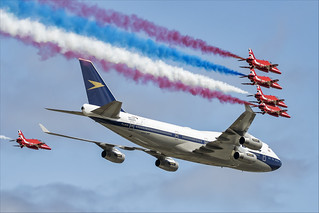 Boeing 747-436 and Red Arrows - 14