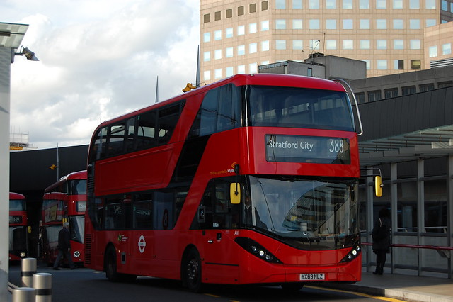 *BRAND NEW* 2549, YX69NLZ on 388 in London Bridge