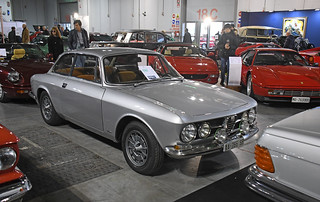 Alfa Romeo 1750 GTV // AA-766-SB