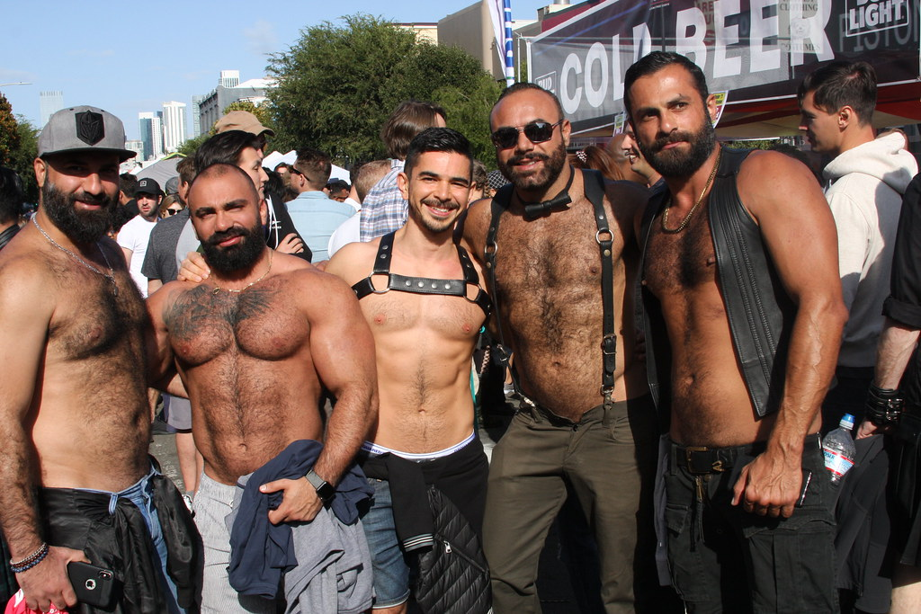 HOT DAMN ! SUPER SEXY STUDS LINE-UP ! ~ FOLSOM STREET FAIR 2019 ! ( safe photo )T