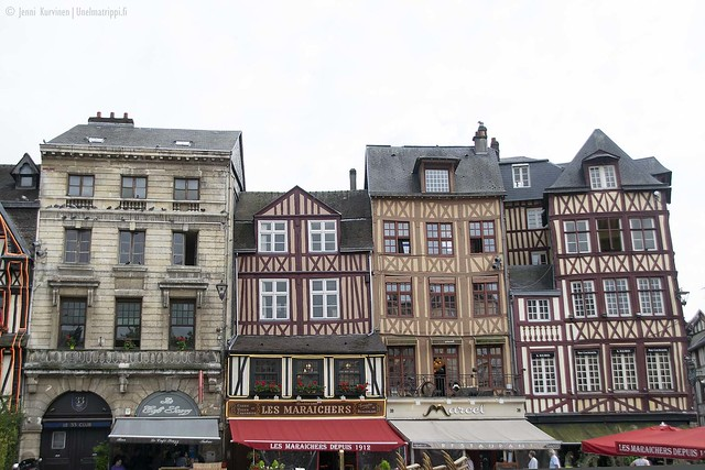 Ristikkotaloja Rouenissa, Ranskassa