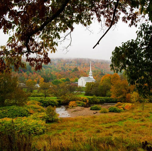vermont stowe border fall colors autumn roadtrip church community vista rain overcast greenmountain fallfoliage