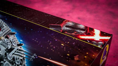 LEGO_Star_Wars_75257_TRoS_Millennium_Falcon_02