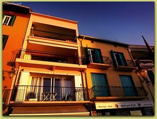 Façades de Collioure au soleil levant