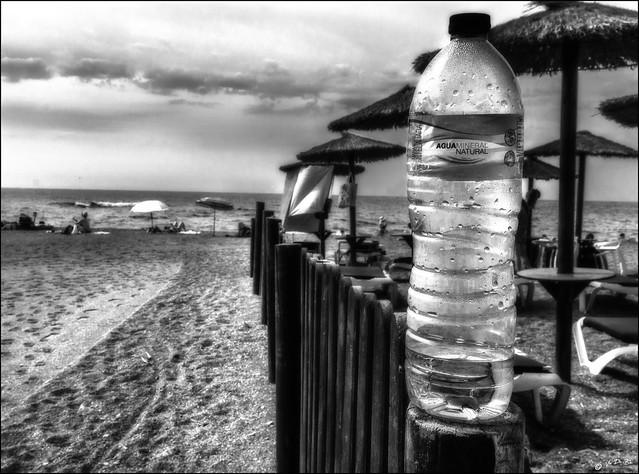 Eau minérale vs Eau de mer /   Minaral water vs Sea water