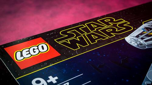 LEGO_Star_Wars_75257_TRoS_Millennium_Falcon_01