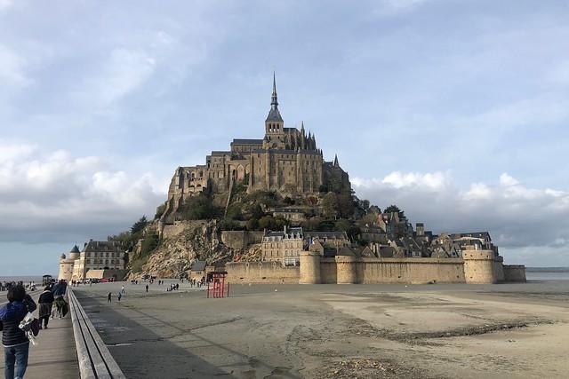 初めてのフランスを楽しんでいます