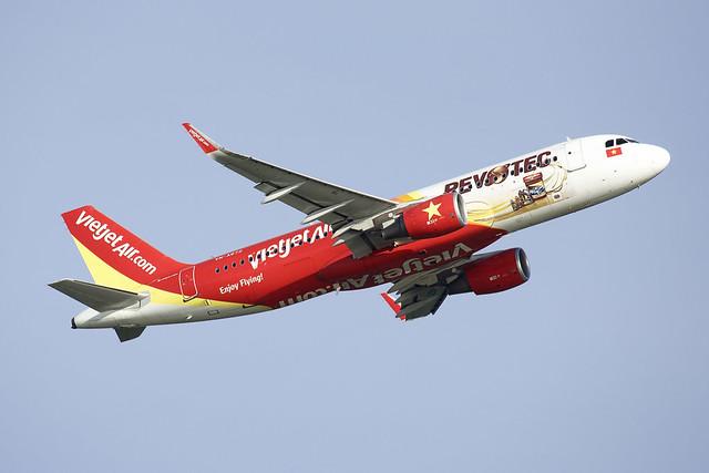 VietJetAir | Airbus | A320-214(WL) | VN-A672