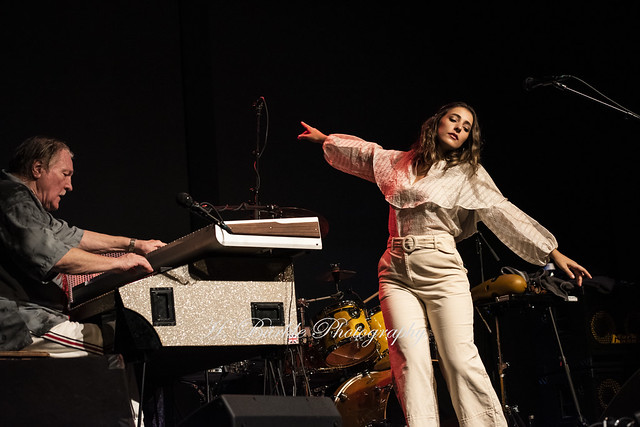 Brian Auger`s Oblivion Express feat. Lilliana de los Reyes @ Linse Weingarten