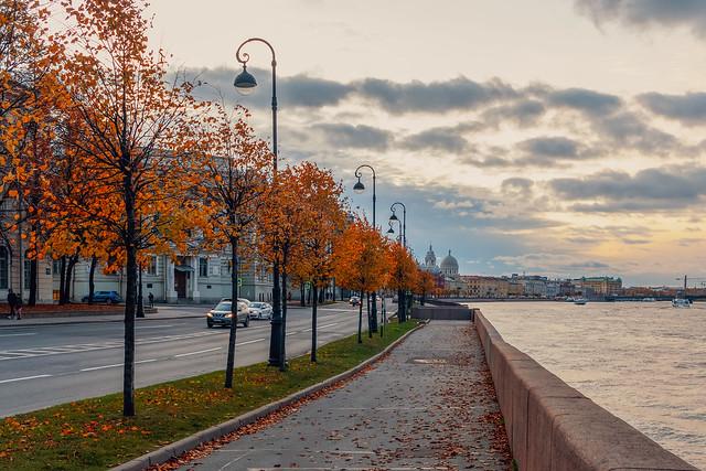 Going around the island possessions of autumn - Обходя островные владения осени