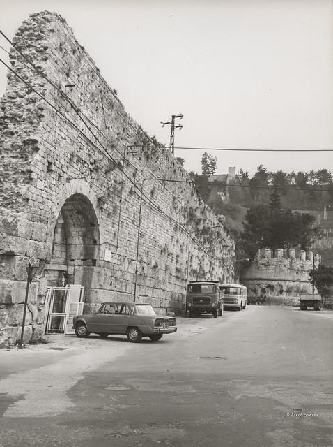 Ascoli com'era: mura medievali presso Porta Romana (197?)