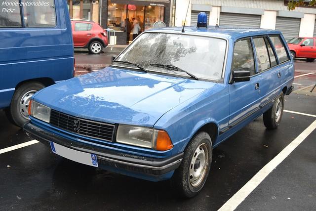 Peugeot 305 Break Phase 2 Gendarmerie