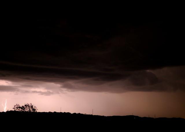 DSC_1658e ~ Lightning