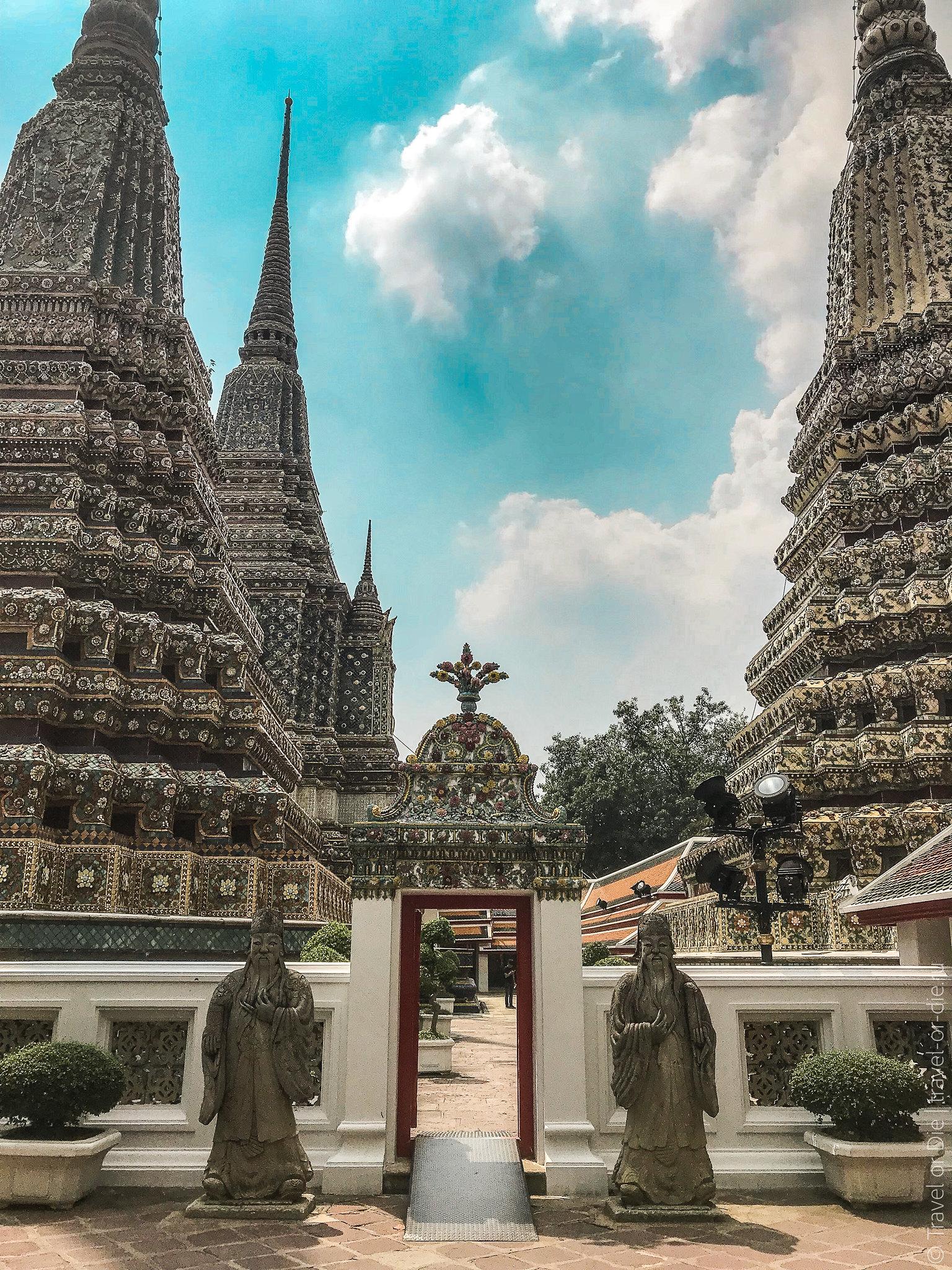 Wat-Pho-Bangkok-Храм-Лежащего-Будды-9120