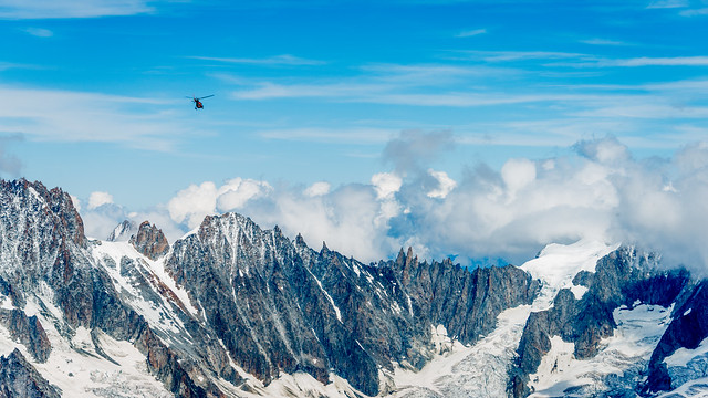 Vol au dessus du Mont-Blanc