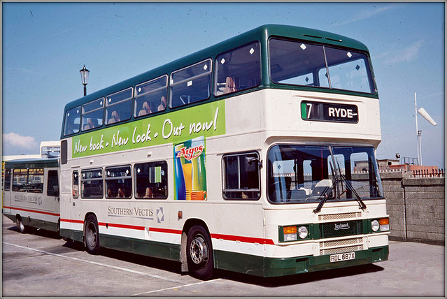 Southern Vectis 687