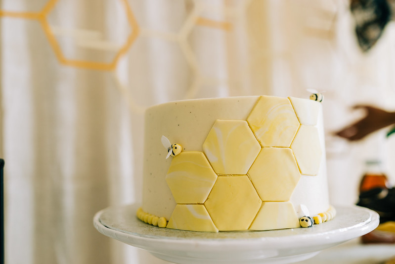 Bee Themed Baby Shower and a Beautiful Bee Baby Shower Cake
