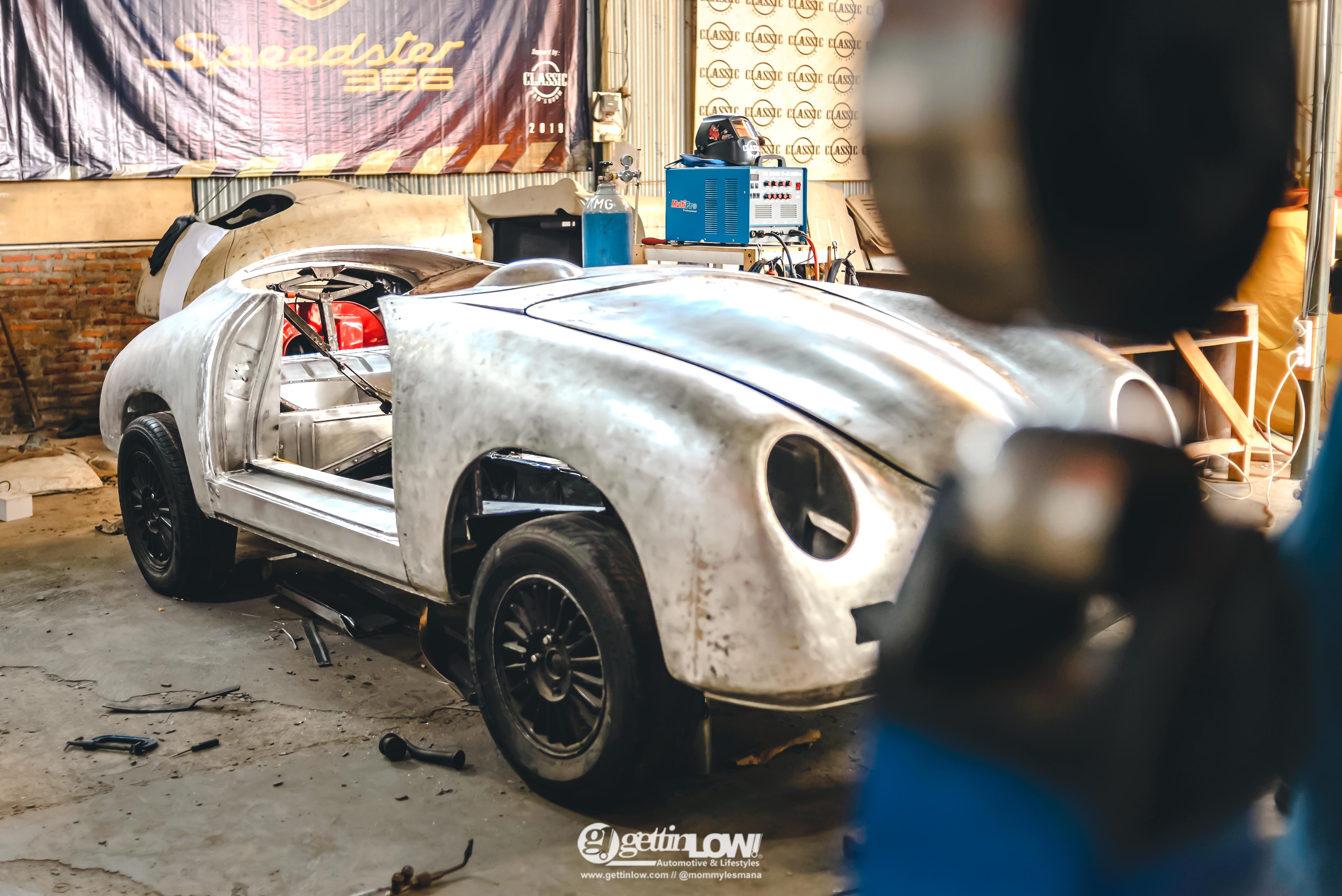 the built of Vinos Speedster 356