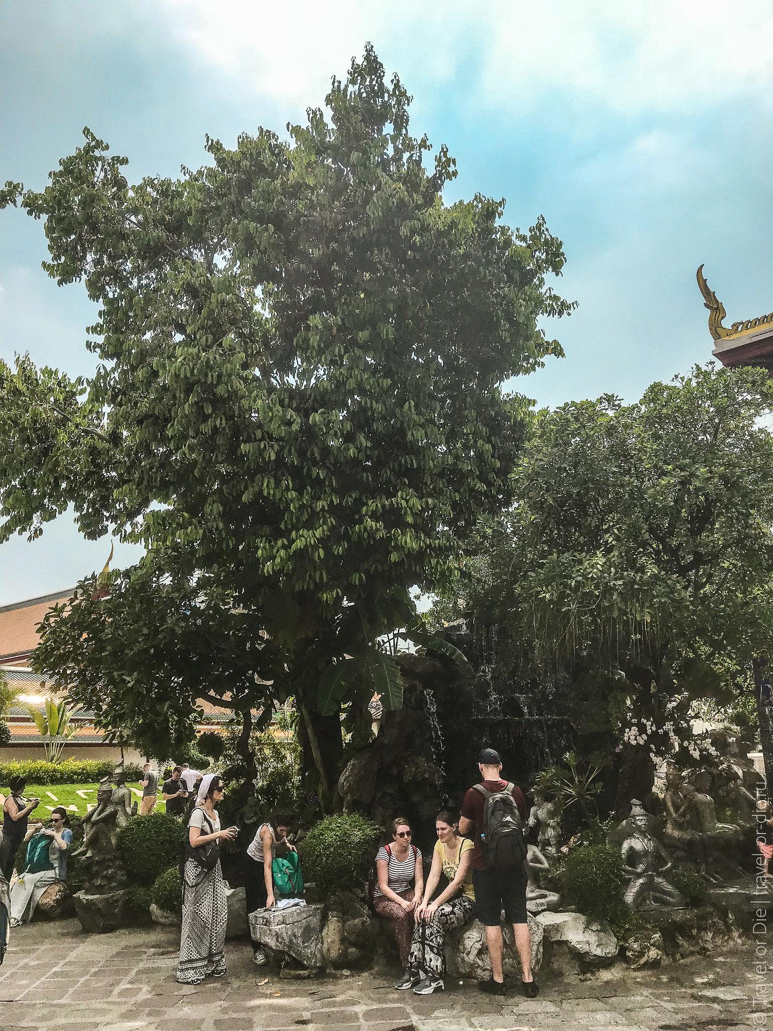 Wat-Pho-Bangkok-Храм-Лежащего-Будды-9124