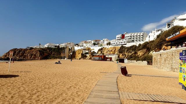 Praia do Peneco, Albufeira, Algarve, Portugal