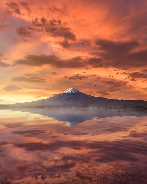 Sunrise at Lake Kawaguchi