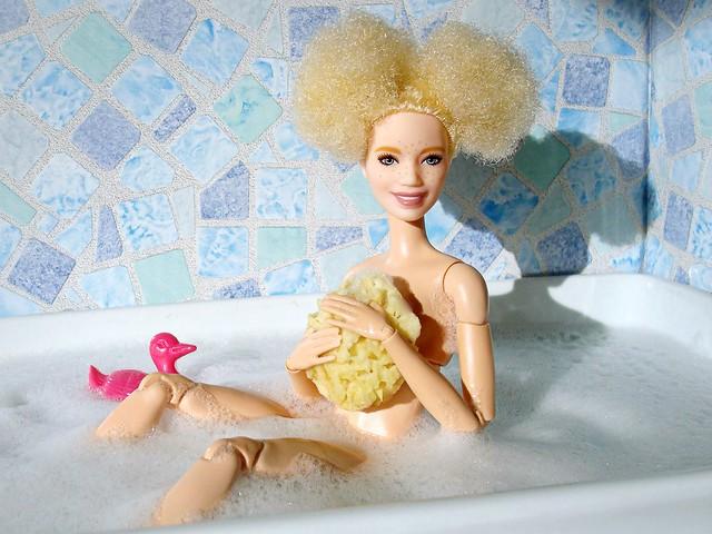 A-Z Challenge 3.0: B - Bathtub / Bath Time