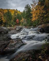 Hopes Falls Dead River  (由  tylerjacobs
