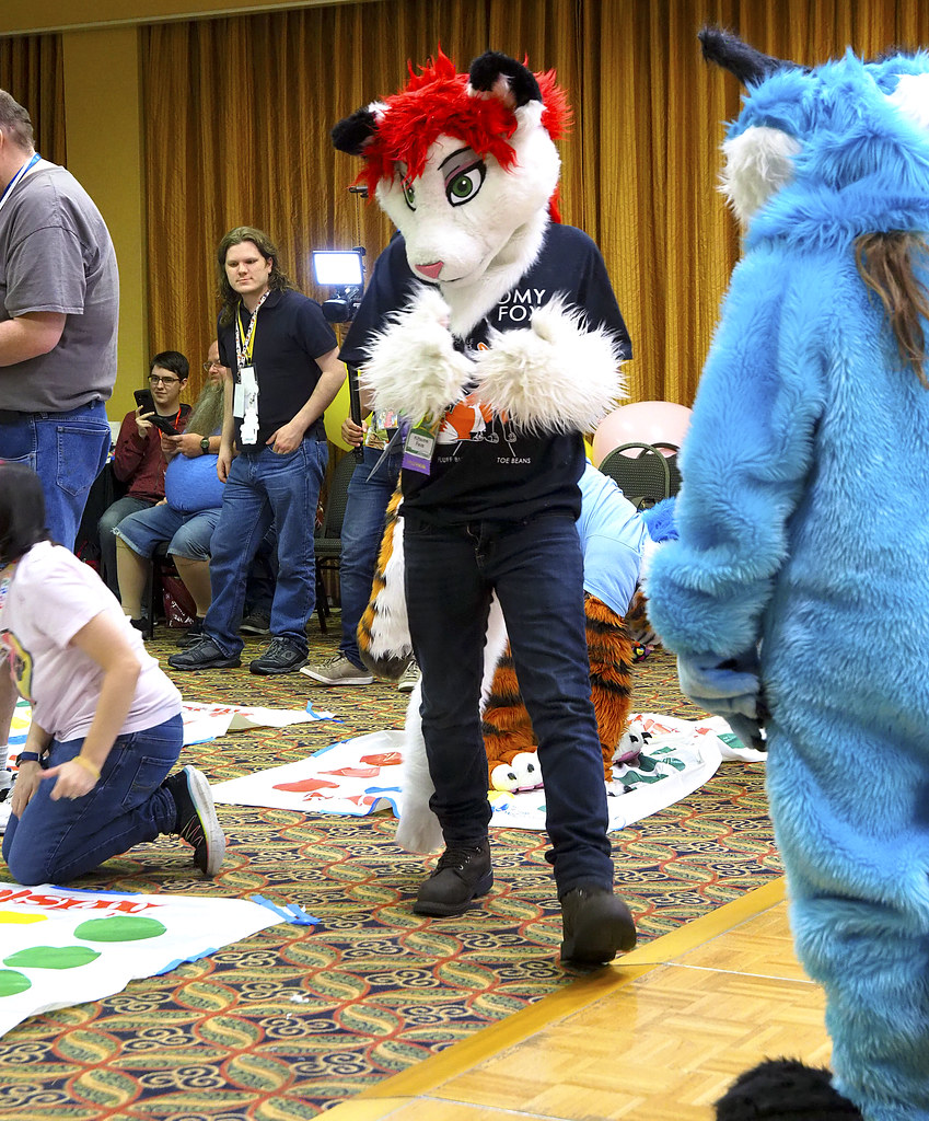Mephit Furmeet 2019 - Fursuit Games 35