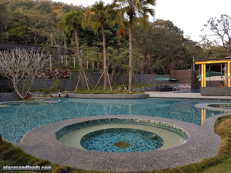 fuli hot spring taiwan outdoor pool