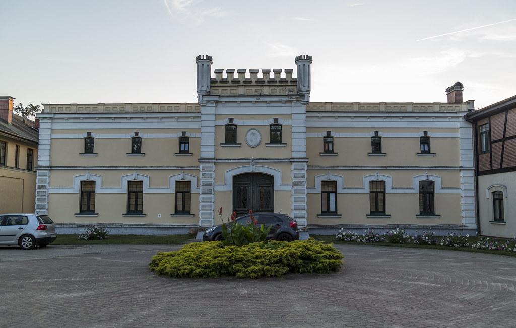 Pałac Będlewo - Stajnie