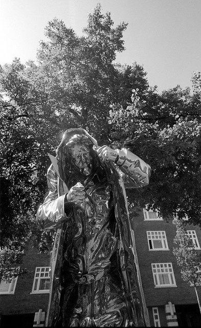 2019-04-17 ArtZuid AmsterdamF.jpg. The man who gives fire. Jan Fabre.ONLY PERSONAL COMMENTS. NO LOGOS. THANK YO FOR YOUR UNDERSTANDING.  © RESPECT the copyright