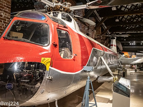 Bristol Type 173 Twin Rotor Helicopter | by dudutrois