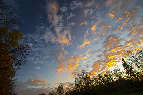 monday beautiful morning sunday weekend sunset amazing peaceful quiet calm fall autumn colorful sky clouds nature landscape canon 2019 home fields farm rural