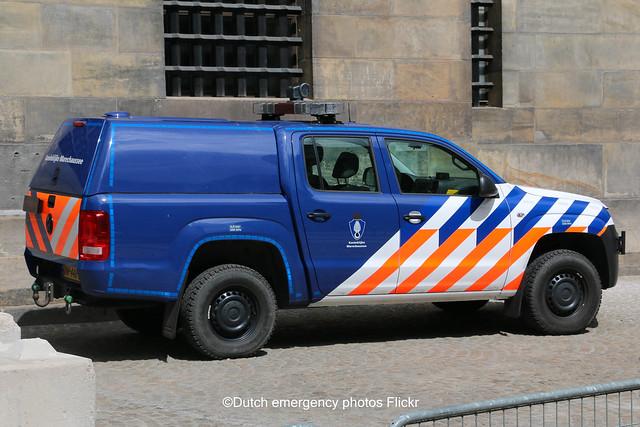 Dutch military police Volkswagen Amarok