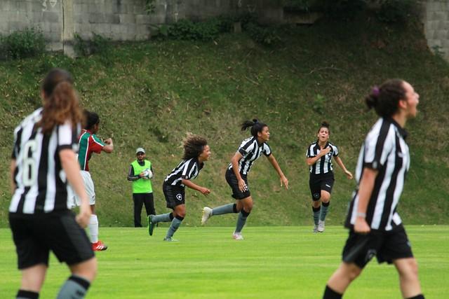 Botafogo 2 x 2 Fluminense - Futebol Feminino Sub-18