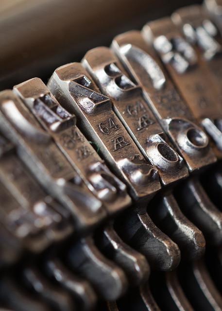 Schreibmaschinenhammer