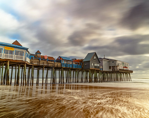 storm pier beach ocean oldorchardbeachpier maine east landscape nikon dslr clouds sky blue old colors waves fall autumn light sunrise sunlight morning water explore buildings fun outside design bar restaurant cafe white art sun sea yellow