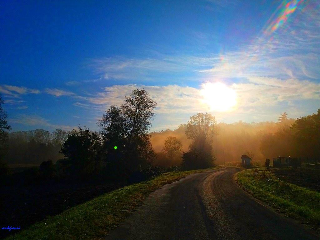 camminando la mattina presto