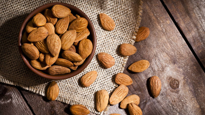 Top 10 Benefits Of Almonds That Will Surprise You
