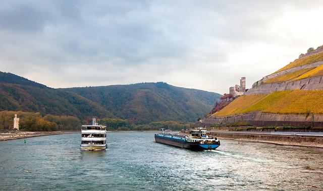 Rhine Traffic _8504