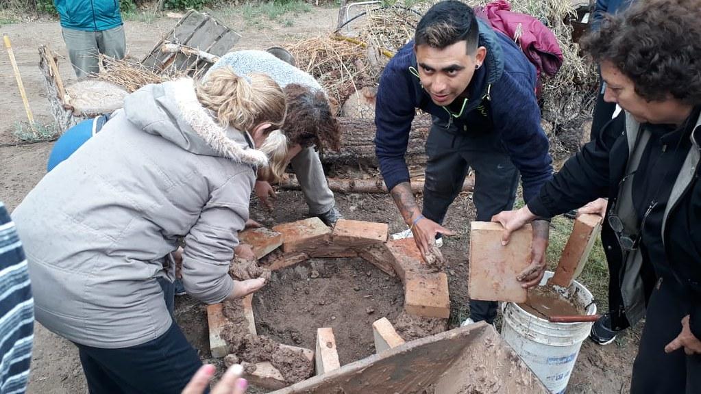 Construcción de horno Albardón