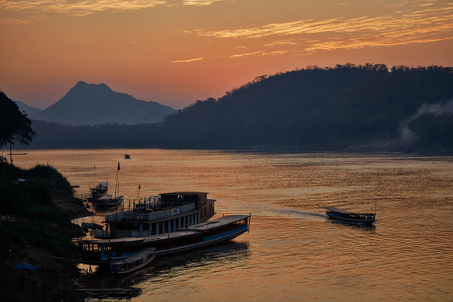 Luang Prabang – Mekong River sunset