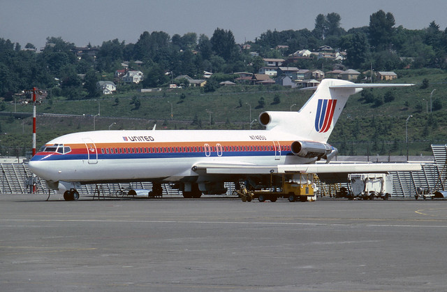 N7465U Boeing B727-222 KBFI 18-06-80