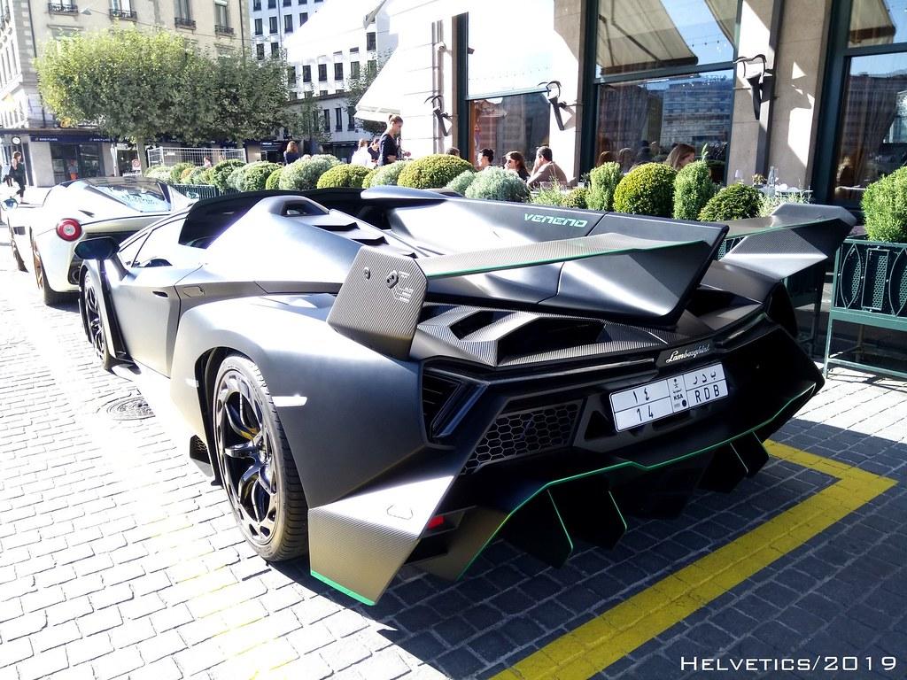 Lamborghini Veneno Roadster Saudi Arabia Helvetics Vs
