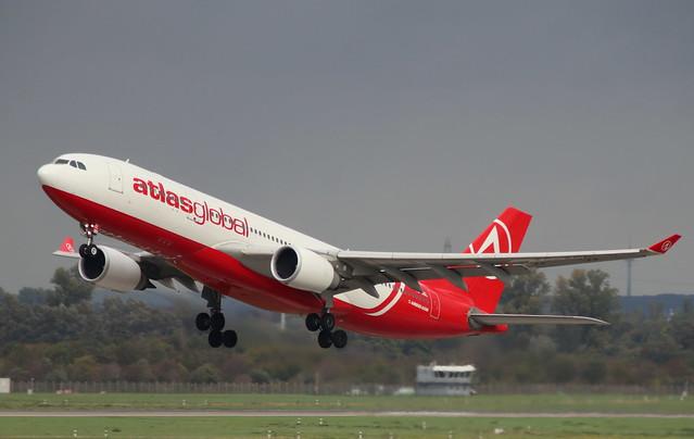 Atlas Global, TC-AGL, MSN 700, Airbus A 330-203, 19.10.2019,  DUS-EDDL, Düsseldorf