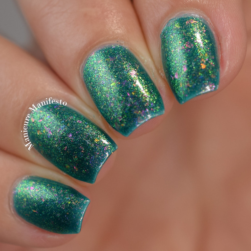 Bees Knees Lacquer Get Your Buzz On! review